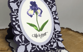Adriana Pop Up Easel with Iris